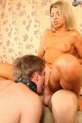Cuck masters his oral skills on his wifes pussy while shes getting fucked from submissive cuckolds