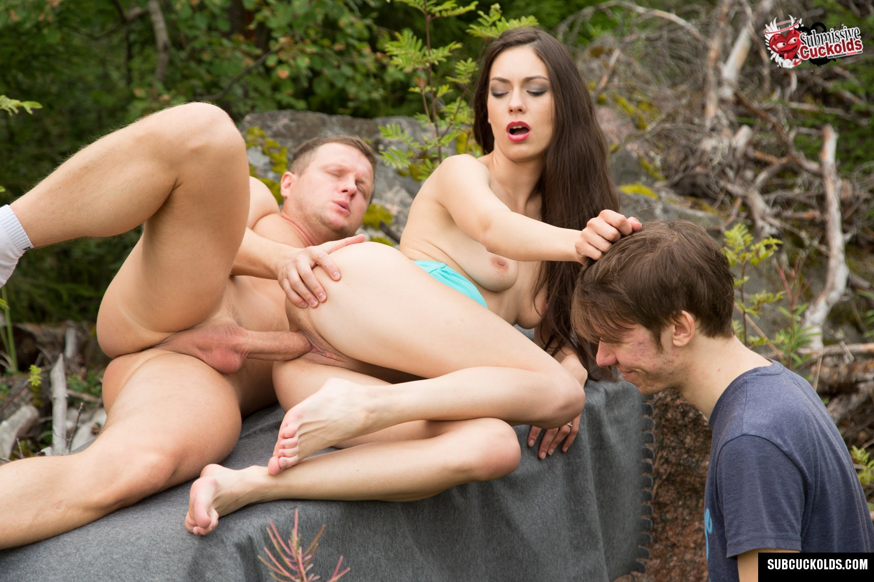 Cuckolding in the woods - Submissive Cuckolds gallery