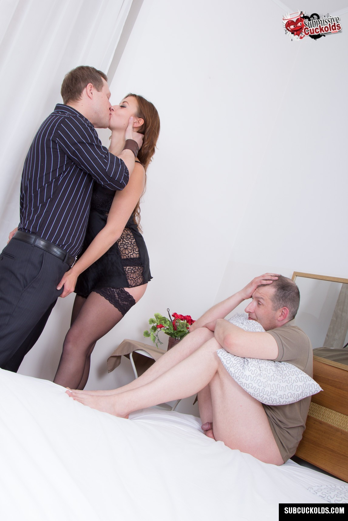 Mature wife and her subby hubby cuckold